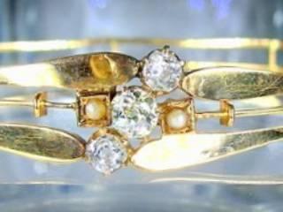 大粒オールドマインカットダイヤ3石と真珠2粒(鑑定書付)【商品番号3366】c