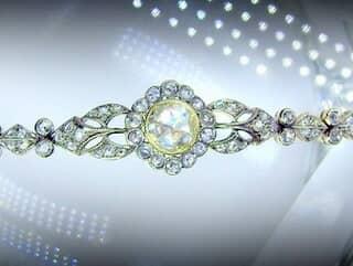 約2.7ctの2種のローズカットダイヤ使用(鑑定書付)【商品番号4607】f