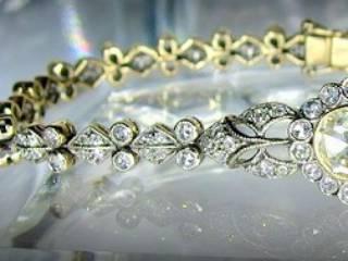 約2.7ctの2種のローズカットダイヤ使用(鑑定書付)【商品番号4607】g
