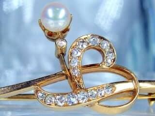 真珠と2種のオールドカットダイヤ16石【商品番号1068a】g