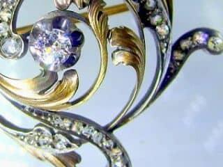 真珠と2種のオールドカットダイヤ32石【商品番号3376】d