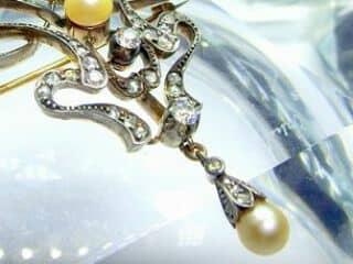 69石オールドダイヤと真珠3粒(鑑定書付)【商品番号4631】g