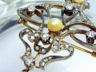 69石オールドダイヤと真珠3粒(鑑定書付)【商品番号4631】h
