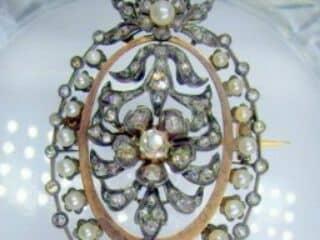 フランス刻印、2種のオールドカットダイヤと天然パール(鑑定書付)【商品番号4704】c