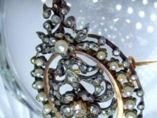 フランス刻印、2種のオールドカットダイヤと天然パール(鑑定書付)【商品番号4704】f