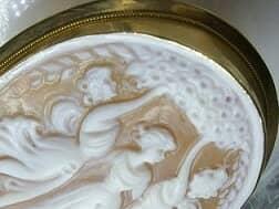 イタリア刻印カメオの三美神【商品番号511c】g