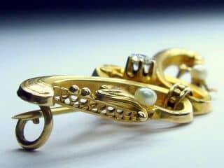 オールドマインカットダイヤと真珠、(百合モチーフ)【商品番号b14】g