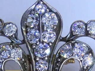 2種のオールドダイヤ,ユリの紋章(鑑定書付)【商品番号b31】c