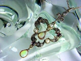 ダイヤとオパールと真珠【商品番号1276】d