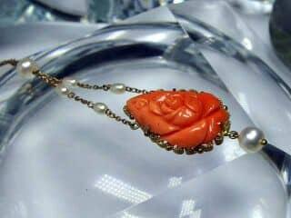 地中海珊瑚と真珠でバラモチーフ【商品番号750c】c