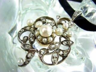 沢山のローズカットダイヤと真珠6粒(鑑定書付)【商品番号3142】d