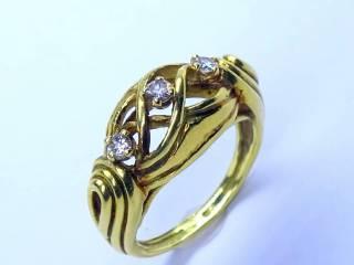 3石のダイヤ使用【商品番号1141A】f
