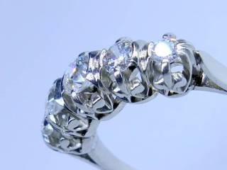 約0.8ct5石のオールドヨーロピアンカットダイヤ(鑑定書付)【商品番号2565】c