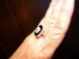 約0.9ct2種類のオールドカットダイヤとオニキス(鑑定書付)【商品番号r82】h
