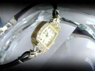 ダイヤと14金ホワイトゴールド使用のハミルトン ( Hamilton )社【商品番号1158A】c
