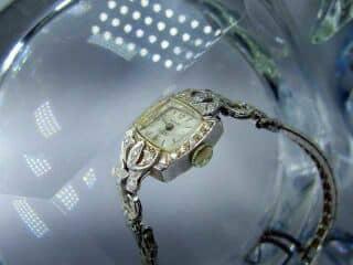 28石のダイヤをあしらったALTAIR(アルタイル) 社製(鑑定書付)【商品番号2503】c