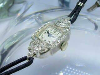 32石のダイヤ使用ハミルトン ( Hamilton )社(鑑定書付)【商品番号2585】c