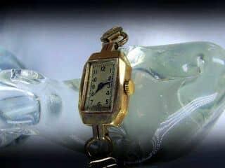ビンテージスイス製の手巻き時計【商品番号394C 】e