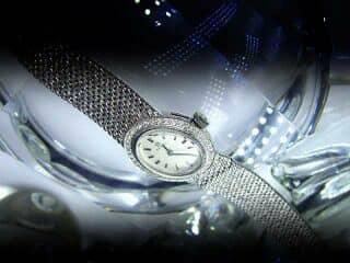 オメガ社の42石のダイヤモンド使用【商品番号4606】f