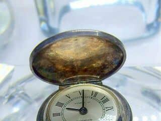 アンティーク時計の商品番号685bg